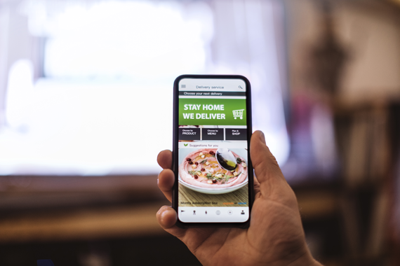 Tips for restaurant marketers to deliver engaging contactless experiences and gain guest affinity